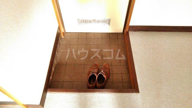 スカイコーポ 202号室の玄関