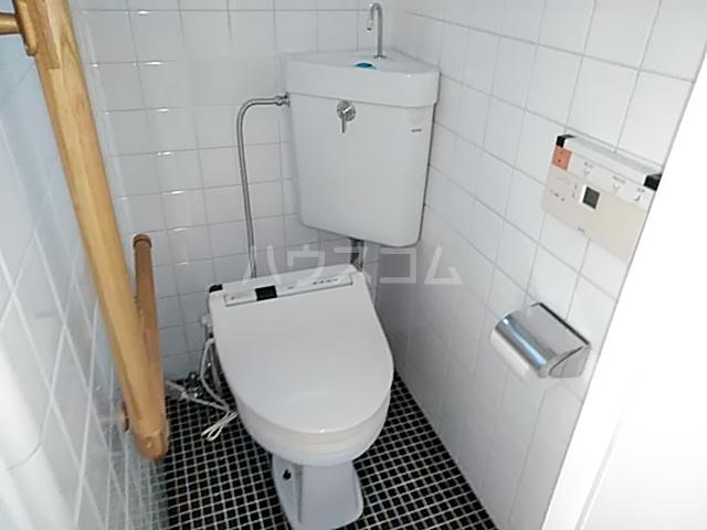 日吉戸建てのトイレ