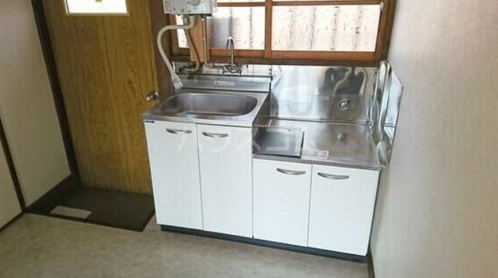 長栄荘 202号室のキッチン