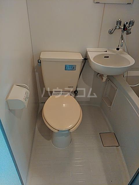 ヴィラ・アマデウス 103号室のトイレ