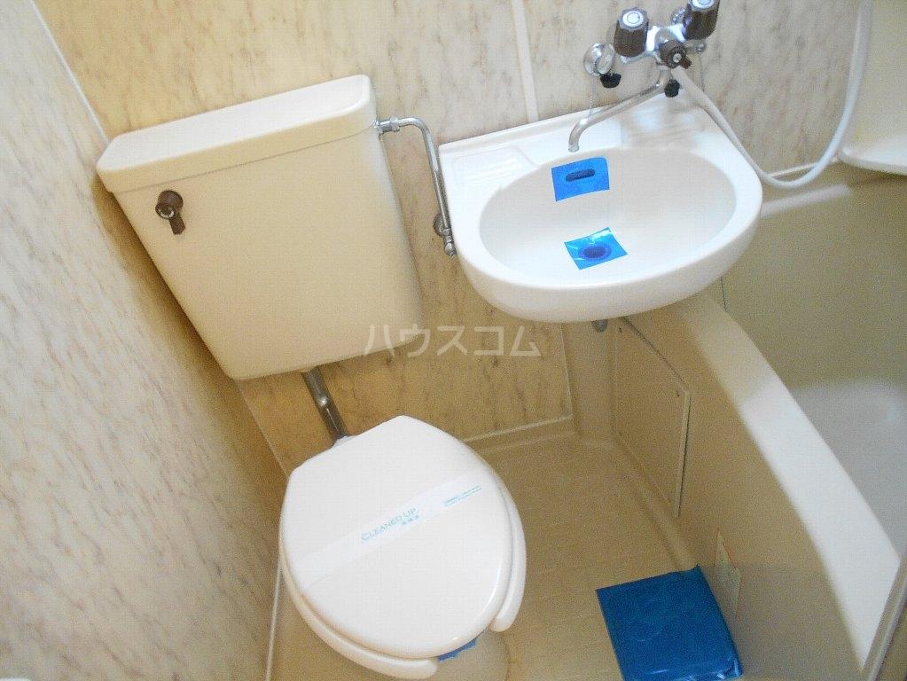 ラ・レジダンス・ド・ポローニア 304号室の風呂