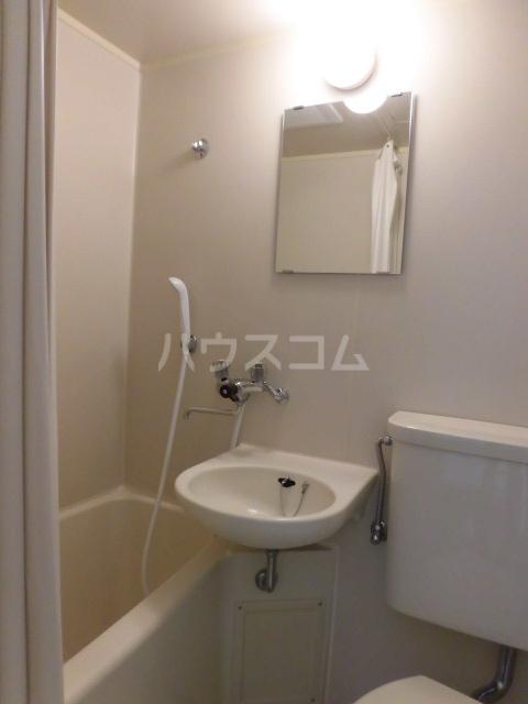 パークヴィラ 1101号室の風呂