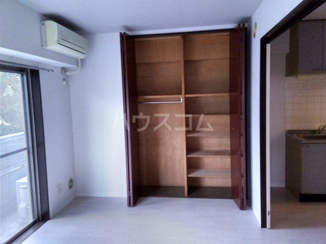 マキシムIK8 201号室の居室