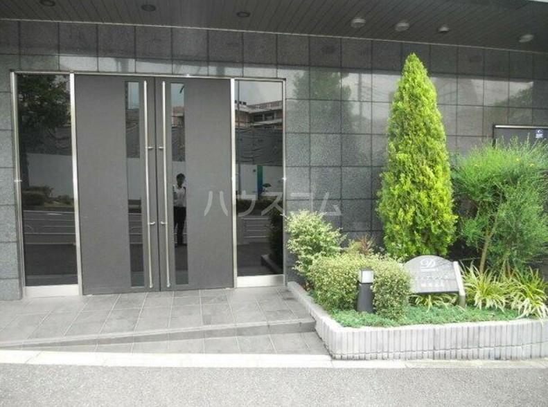 ディアレンス横濱沢渡  605号室のエントランス