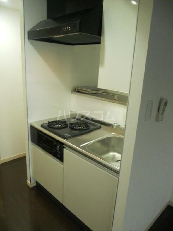 ディアレンス横濱沢渡  605号室のキッチン