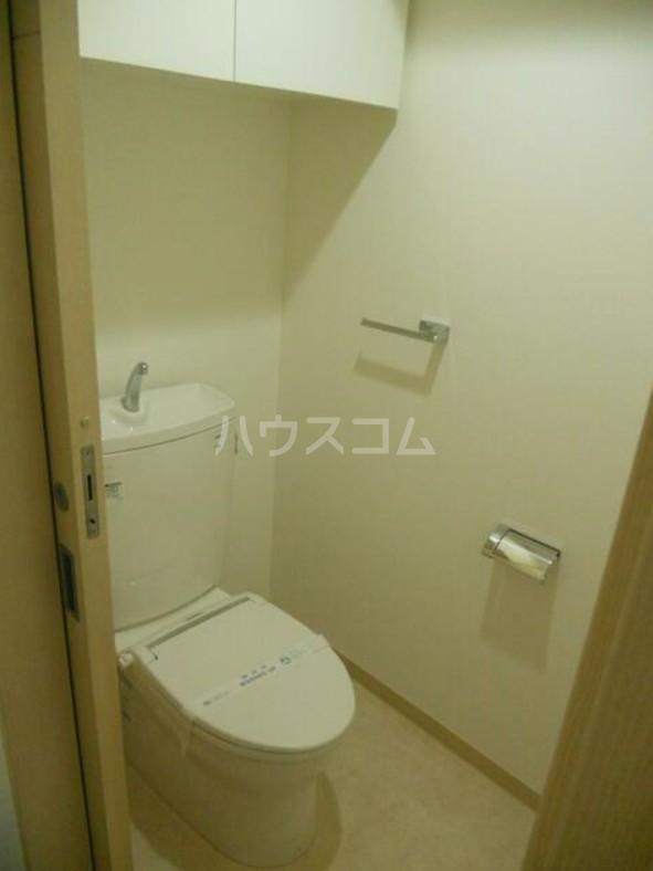 ディアレンス横濱沢渡  605号室のトイレ