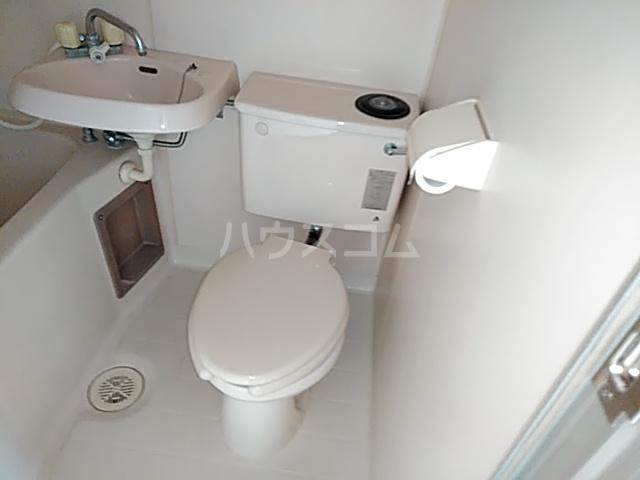 クレール日吉 203号室のトイレ