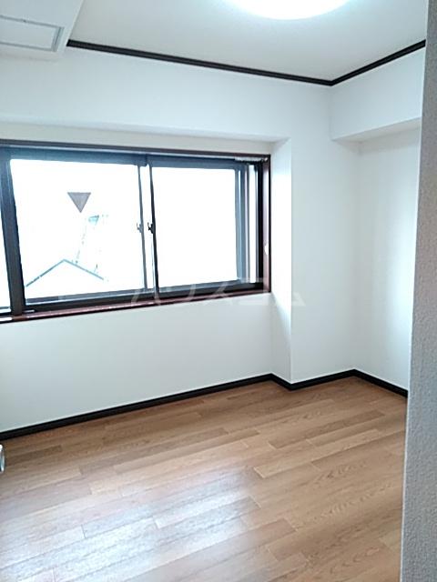 メ・ジャーモ広町 401号室のベッドルーム