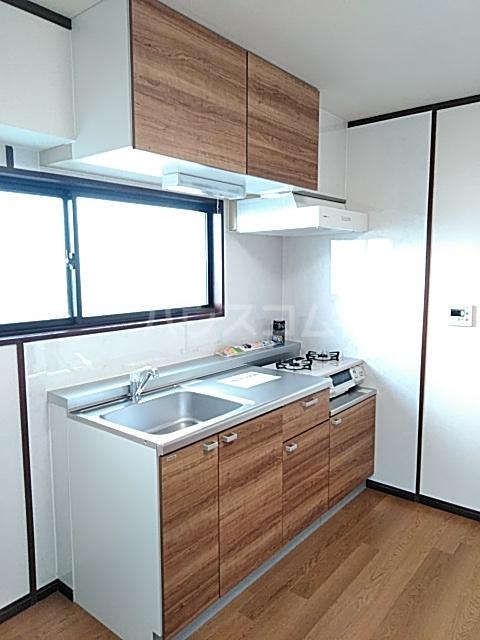 メ・ジャーモ広町 401号室のキッチン