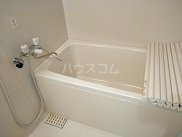 メ・ジャーモ広町 401号室の風呂