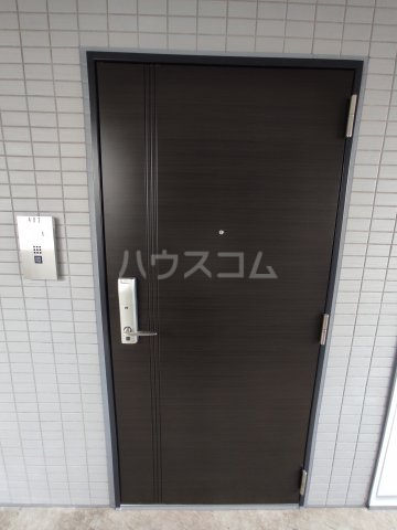 ステージファースト糀谷 202号室の玄関
