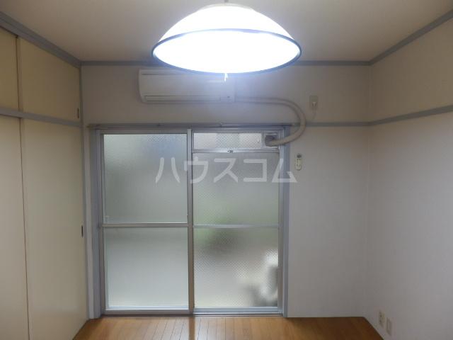 シャレー学芸大カワベ第2 305号室のベッドルーム