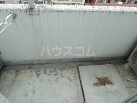 スカイコート川崎第2 804号室のバルコニー
