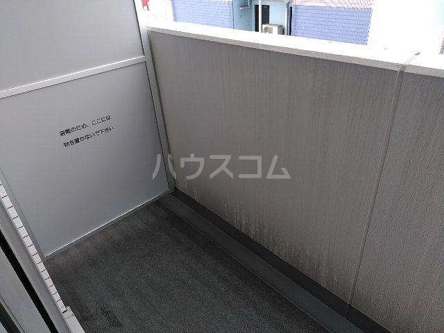 ジェノヴィア川崎駅グリーンヴェール 1103号室のバルコニー