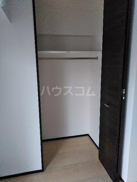 ジェノヴィア川崎駅グリーンヴェール 1103号室の収納