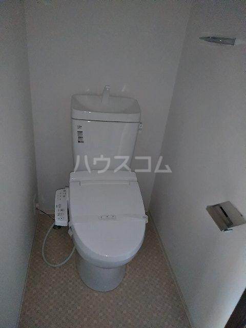 ジェノヴィア川崎駅グリーンヴェール 1103号室のトイレ