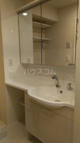 たか表参道 103号室の洗面所