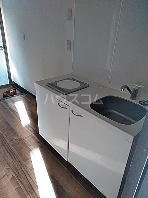 グリーンヒルⅡ 201号室のキッチン