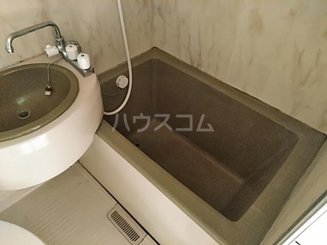 グリーンヒルⅡ 201号室の風呂
