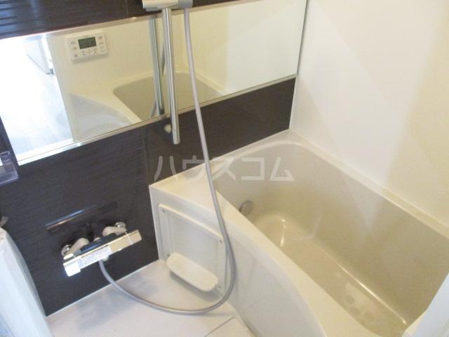 プラチナフォルム大森EAST 501号室の風呂