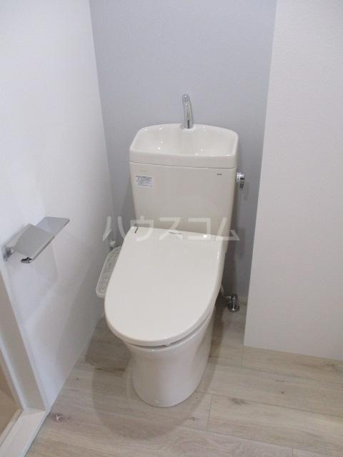 プラチナフォルム大森EAST 501号室のトイレ