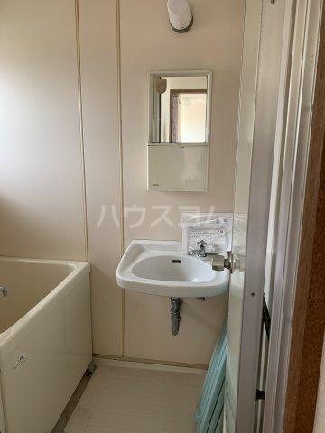 中駒コーポ富田 602号室の洗面所