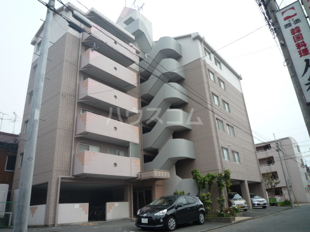 三鈴シティの外観
