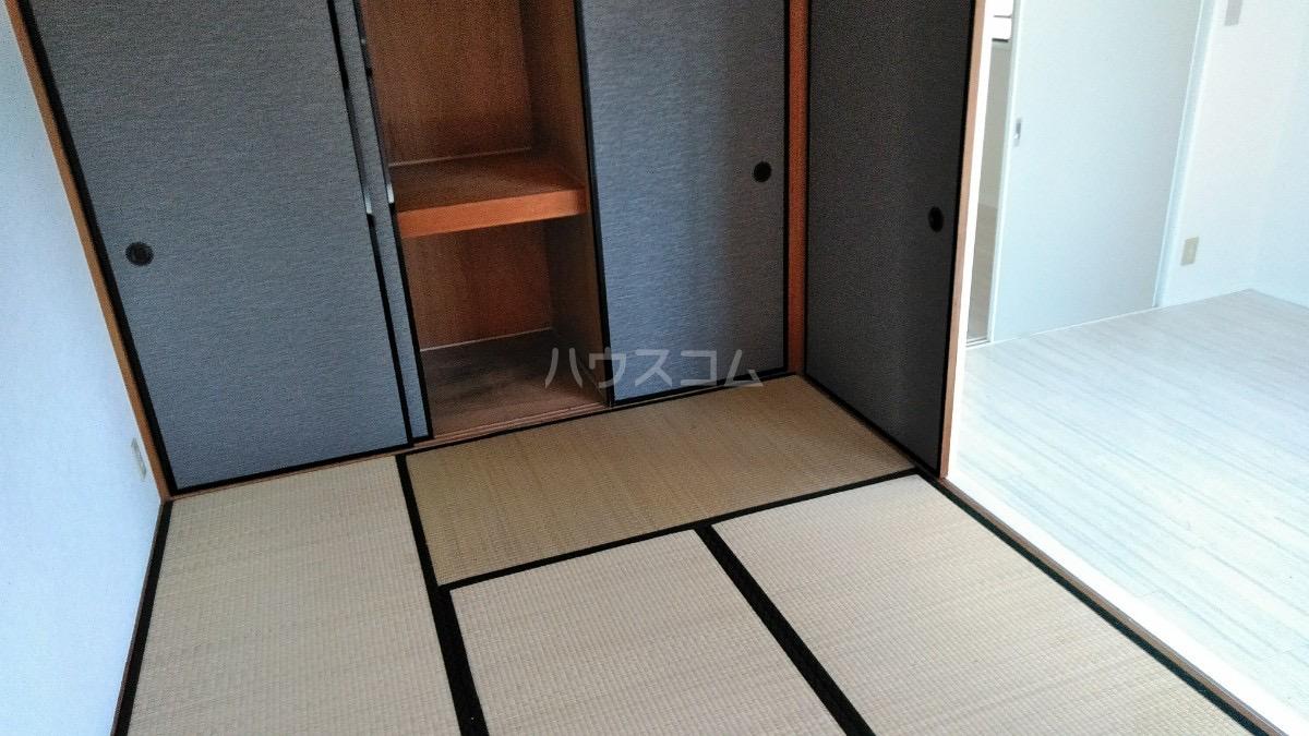 第2奥村マンション 2A号室のリビング