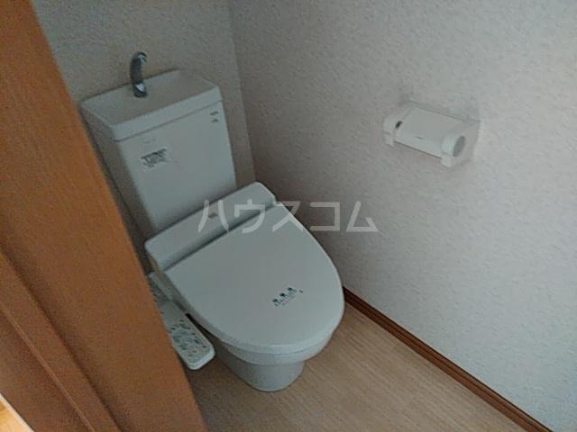 ブランシュコリーヌ 2号室のトイレ