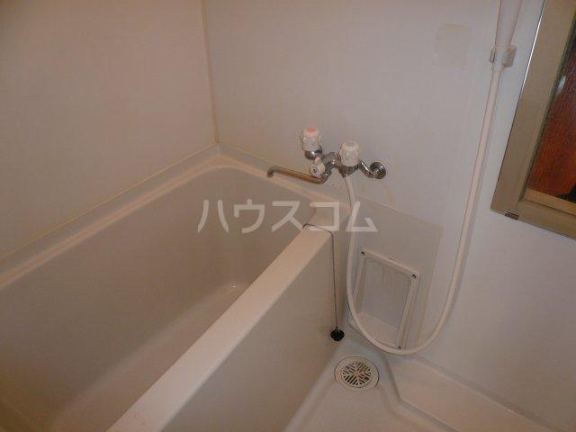 カーサセキサワ 401号室の風呂