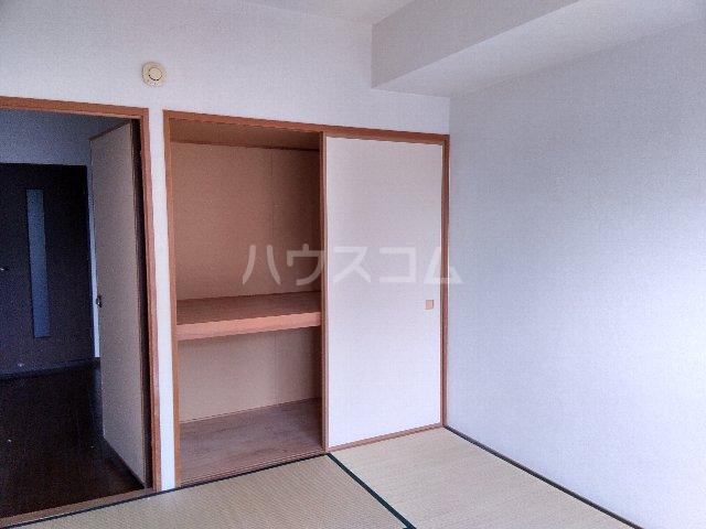 AMOUR MIWA 302号室の収納