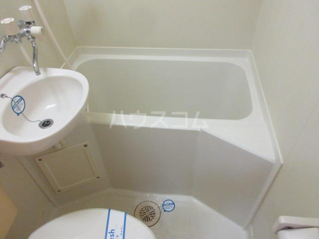 レスパス千種 508号室の風呂