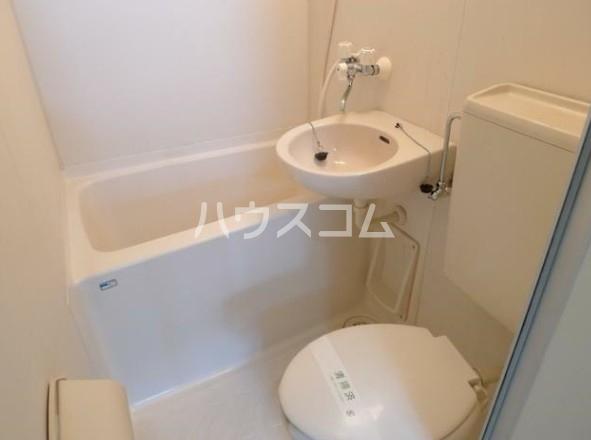 荏原ハイツ 202号室の風呂