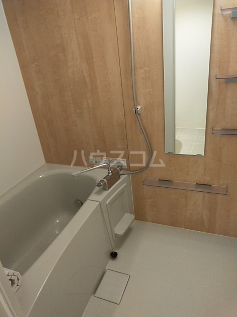 PASEO荏原中延 402号室の風呂
