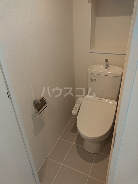 PASEO荏原中延 402号室のトイレ