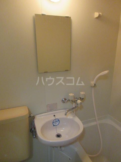 レスパス千種 405号室の洗面所