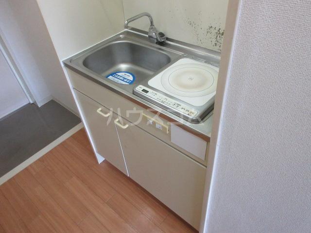 レスパス千種 405号室のキッチン