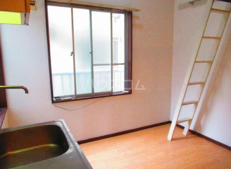 ハイテラス石川台 B205号室のベッドルーム