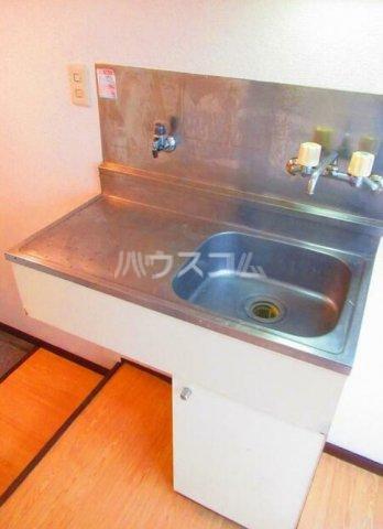 ハイテラス石川台 B205号室のキッチン