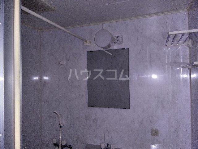 カルム亀島 609号室の風呂