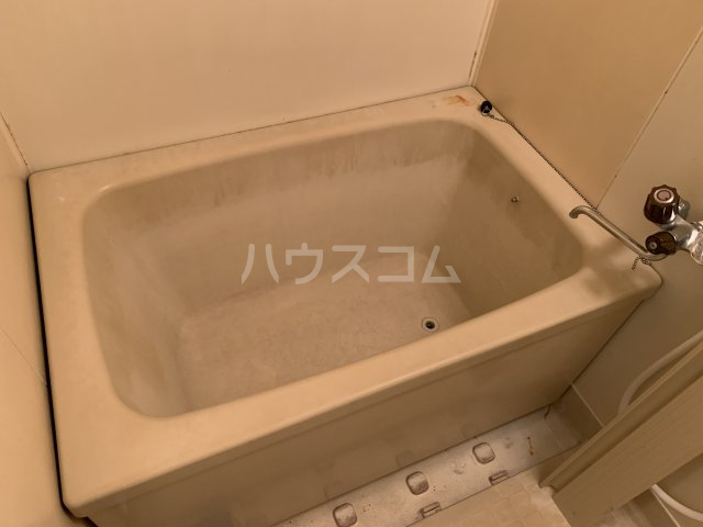 エルディム松下 202号室の風呂
