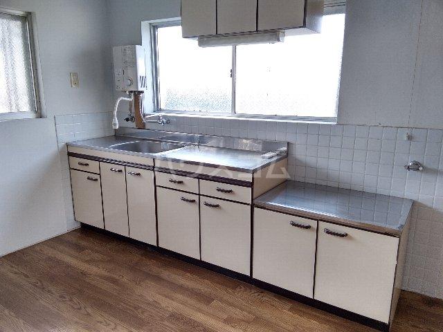 サンスカイ 303号室のキッチン