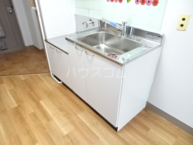 安藤ビル 107号室のキッチン