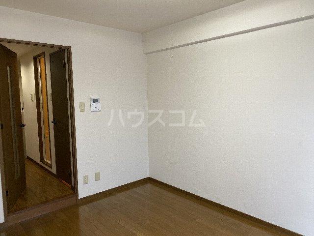 ドルフ亀島Ⅳ 208号室のベッドルーム