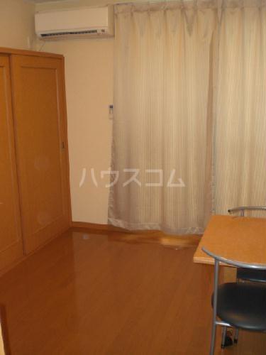 レオパレス雅 208号室のベッドルーム