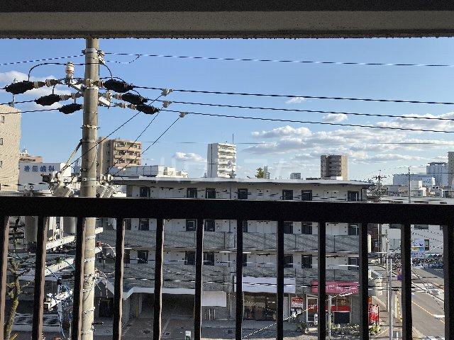 第1三鈴ビル 406号室の景色