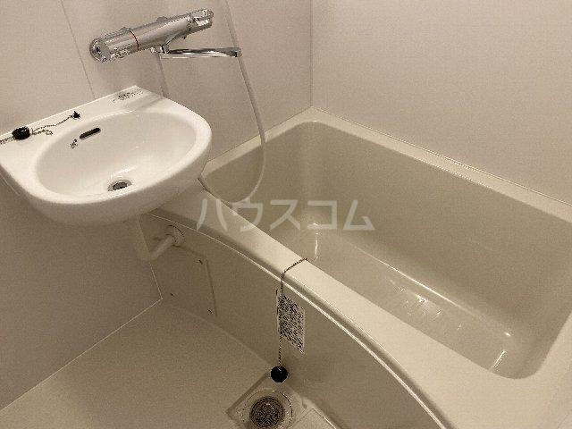 第1三鈴ビル 406号室の風呂