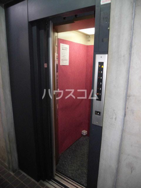 シティーライフ八田 4B号室のロビー