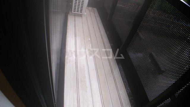 メゾンエスポワール 102号室の玄関