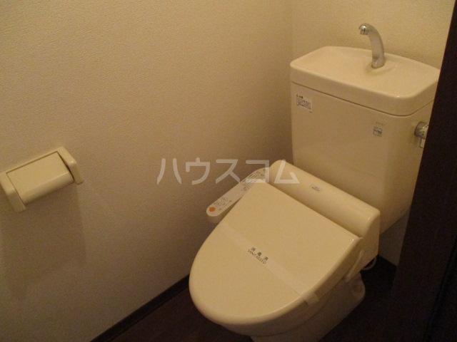 ヴェルドミール 101号室のトイレ